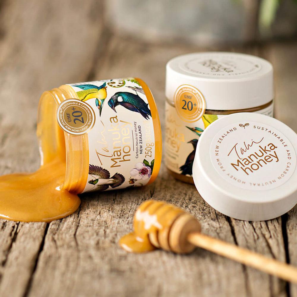 Authentic<br /> Manuka honey, <br />guaranteed